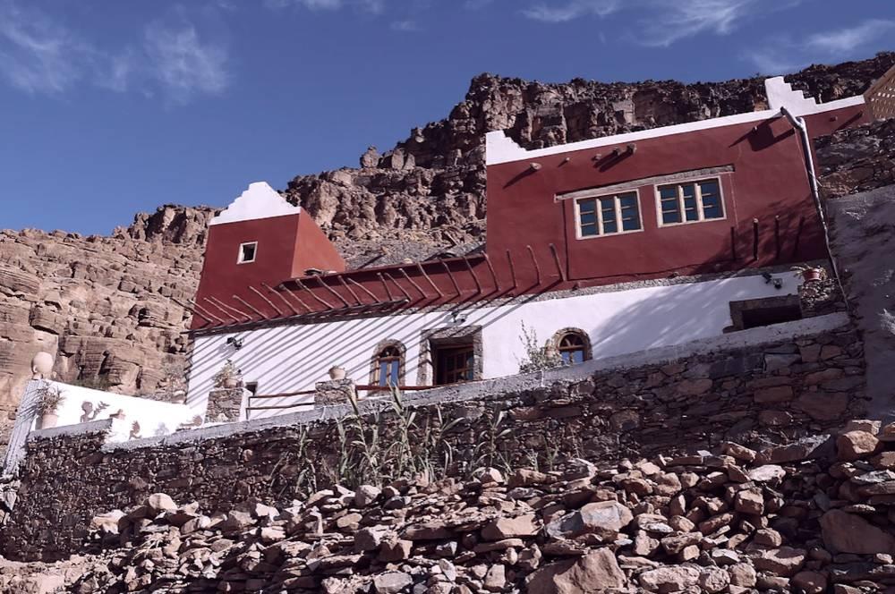 Amtoudi village marocain au coeur d'un canyon