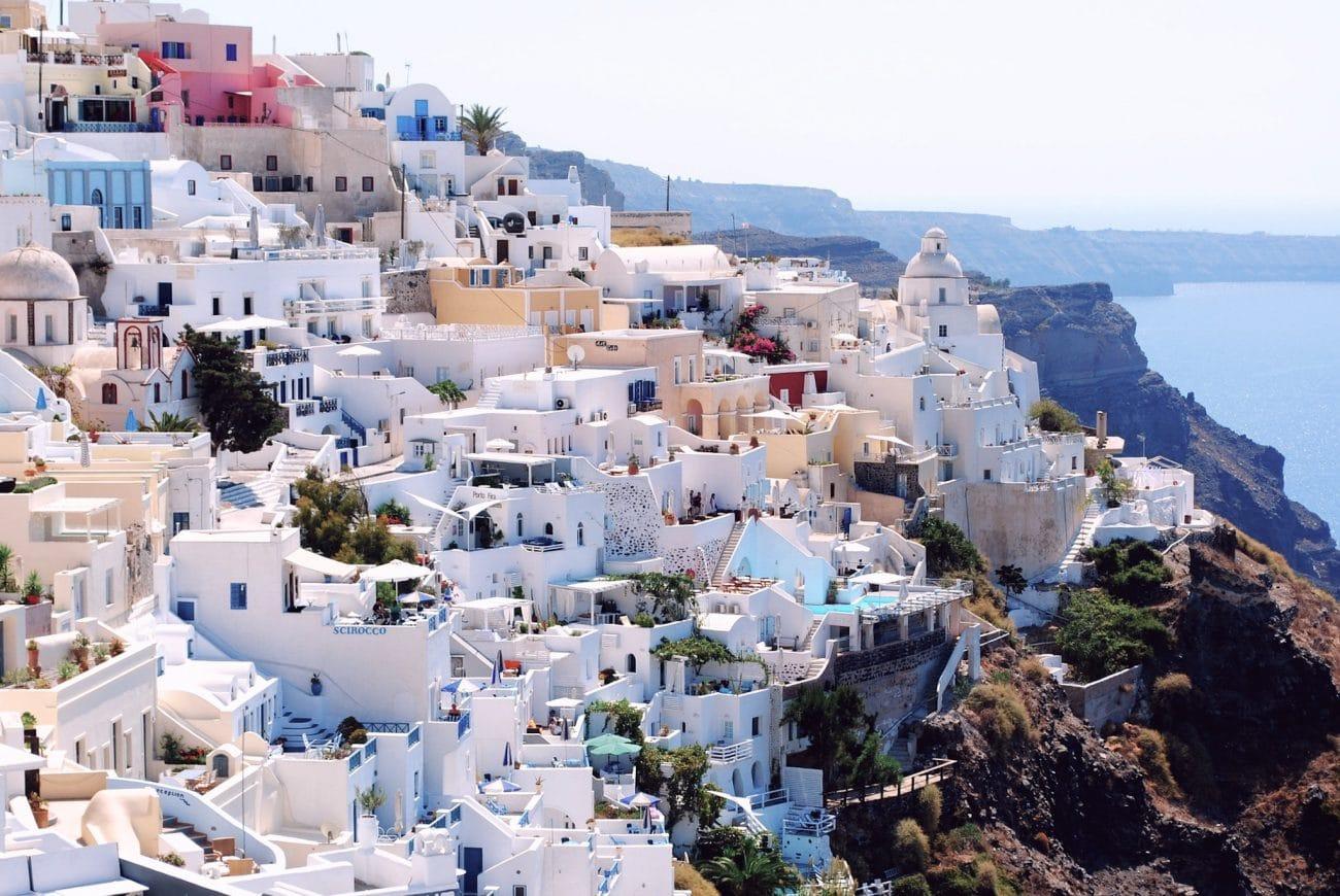 Santorin et ses maisons blanches