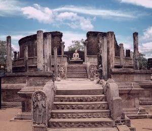 Sri Lanka Polonnaruwa cite triangle culturel